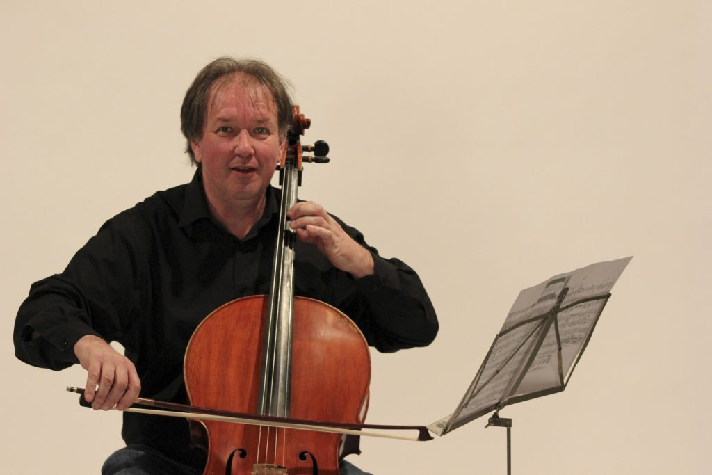 Violoncellista David Johnstone